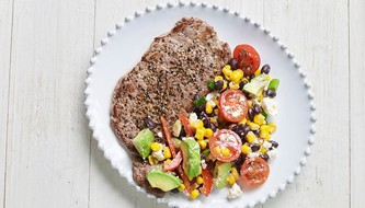 Peppercorn Steak with Hearty Mexican Corn Cob Salad