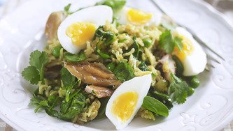 Hot 'n' Happy Smoked Salmon Kedgeree